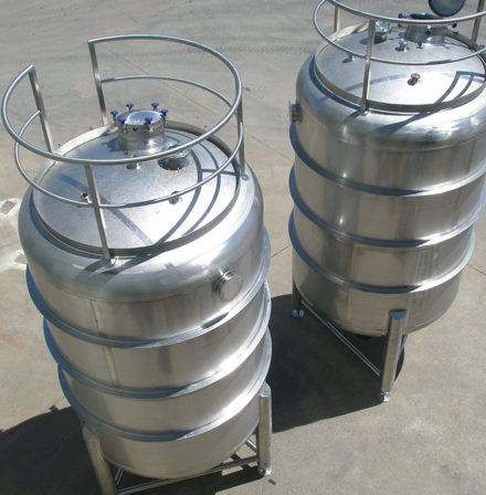 Stainless Steel Storage Tanks, aseptic tanks, furphy engineering, stainless steel tanks, pressure vessels, manufacturers, speciality, integrity services, mixing tanks