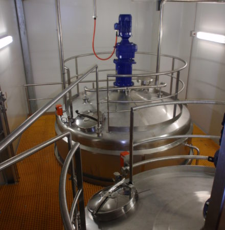 Stainless Steel Storage Tanks, whey crystallisers, furphy engineering, stainless steel tanks, pressure vessels, manufacturers, speciality, integrity services, mixing tanks