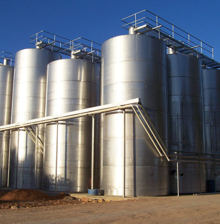 Stainless Steel Tanks and Vessels, furphy engineering, stainless steel tanks, pressure vessels, manufacturers, speciality, integrity services, mixing tanks